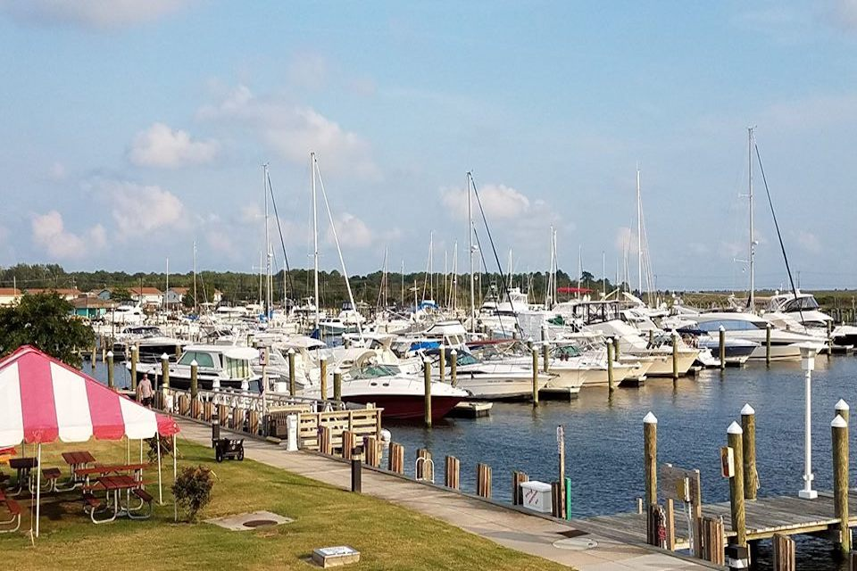 Somers Cove Marina   Celebrate 4th of July by Boat   Snag-A-Slip