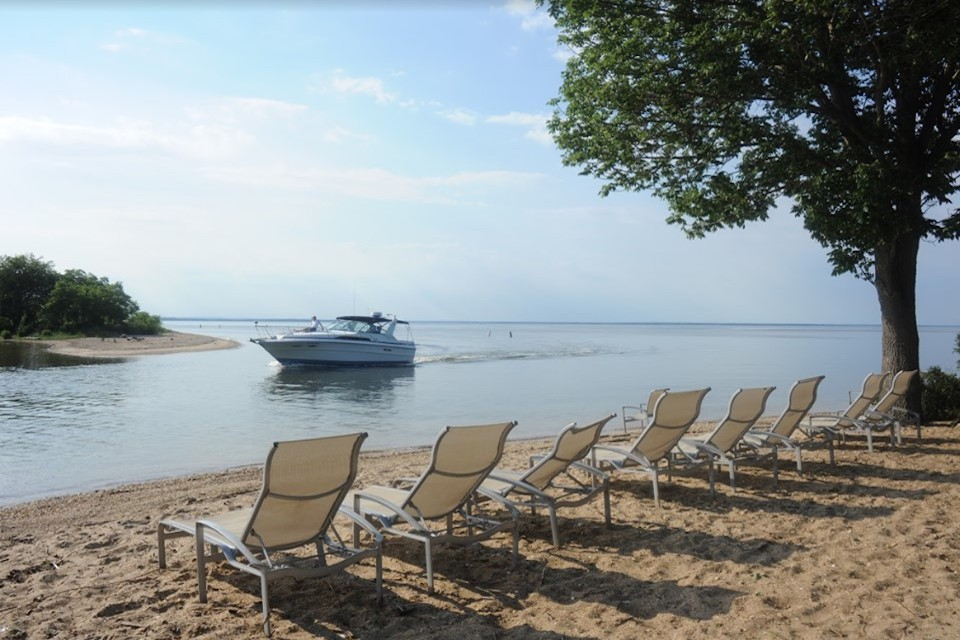 Mears Great Oak Landing Marina   Celebrate 4th of July by Boat   Snag-A-Slip