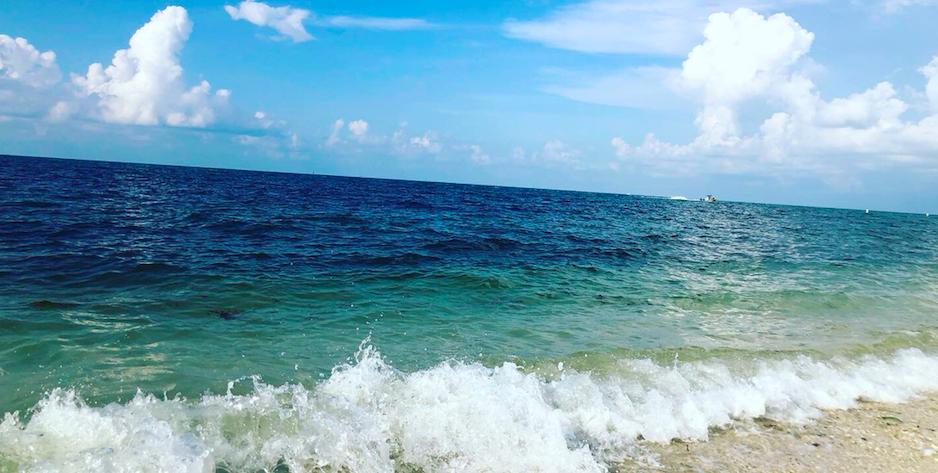 Key West Spotlight | Crystal blue water | Key West, FL | Snag-A-Slip