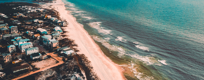 Photo by Jose Llamas on Unsplash | Panama City, Florida | Snag-A-Slip