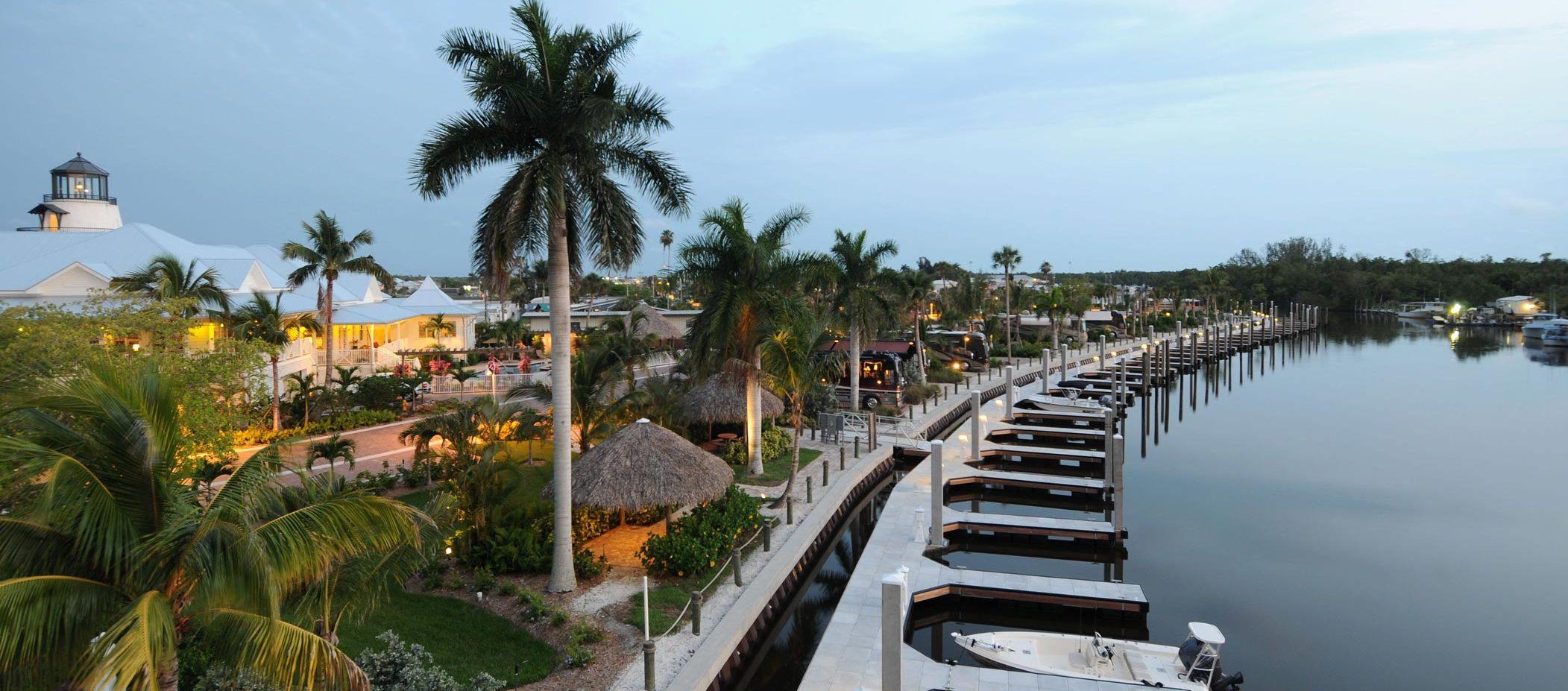 Everglades Isle Marina in Florida -Snag-A-Slip